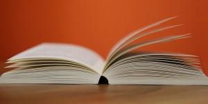 book-408302_960_720